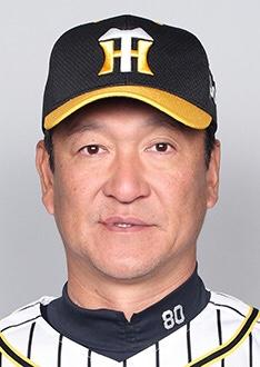 片岡コーチ 巨人と阪神の試合は「伝統の一戦」と呼ばれていますが、新しい宗教戦争が勃発していると話題です。村田真一コーチ「コンパクト教」と片岡篤史コーチ「右打ち教」。